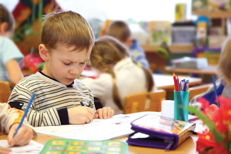 Ministerul Educației a emis metodologia de înscriere a copiilor în învățământul primar pentru anul școlar 2021 – 2022