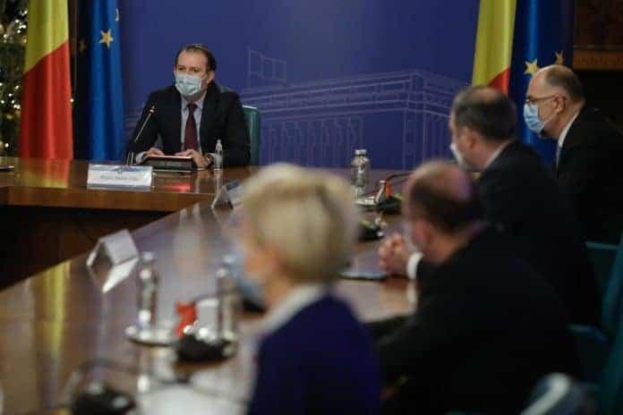 Standard & Poor's a anunţat îmbunătăţirea ratingului acordat datoriei guvernamentale a României. Prima modificare pozitivă, din 2013